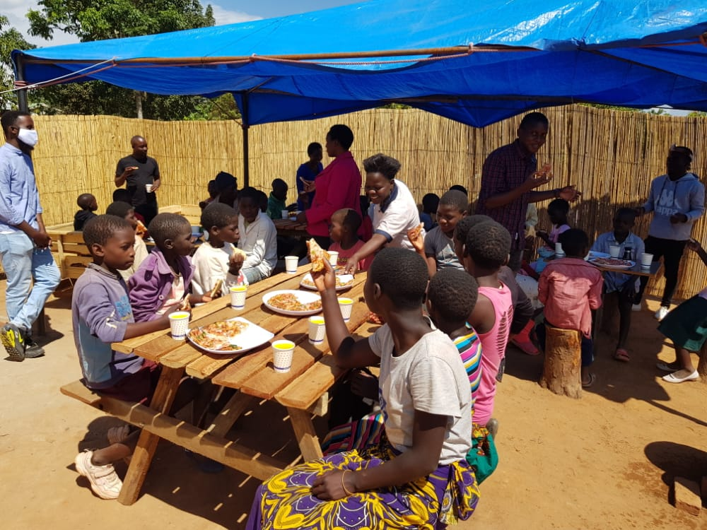 Eatery Feeds Vulnerable In Mzuzu